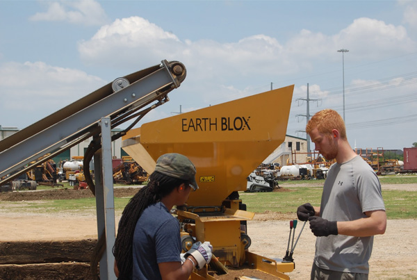 Block Earth Texas : Compressed earth block projects dwell